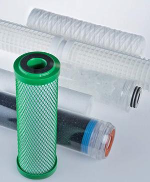 تعویض فیلتر تصفیه آب